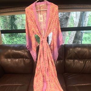 Spell & The Gypsy Collective Other - Reserved 💞Jewel kimono in quartz